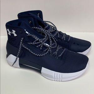Under Armour Men's Team Drive Basketball Shoe 11